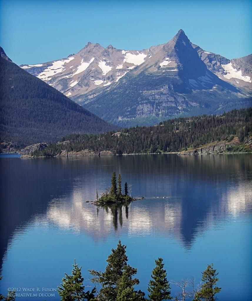 Glacier Park wild goose Island in St. Mary Lake